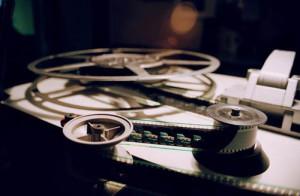 Проектор и кино, любовные истории и кино,женские роли.