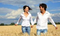 что женщина хочет от мужчины, женщина хочет любви,счастливая пара